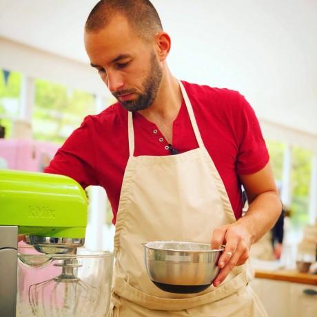 Gâteau façon Snickers par Ludovic du Meilleur pâtissier M6